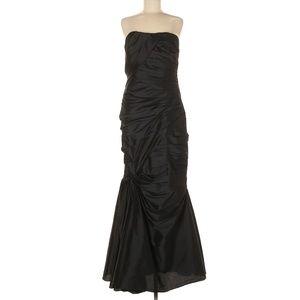 ML Monique Lhuillier Black Royal Treatment Gown